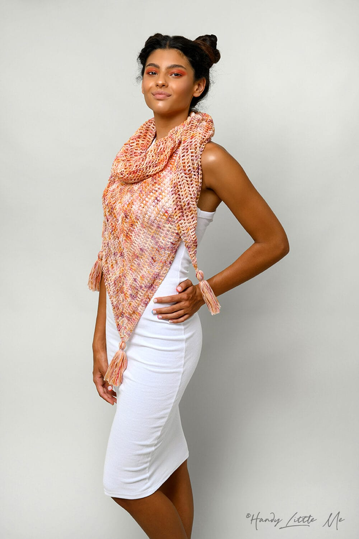 Diana crochet shawl feat image