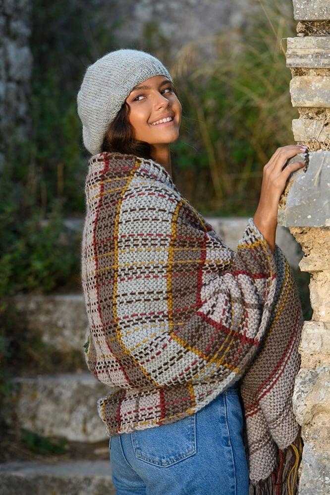 Outlander-tartan-shawl