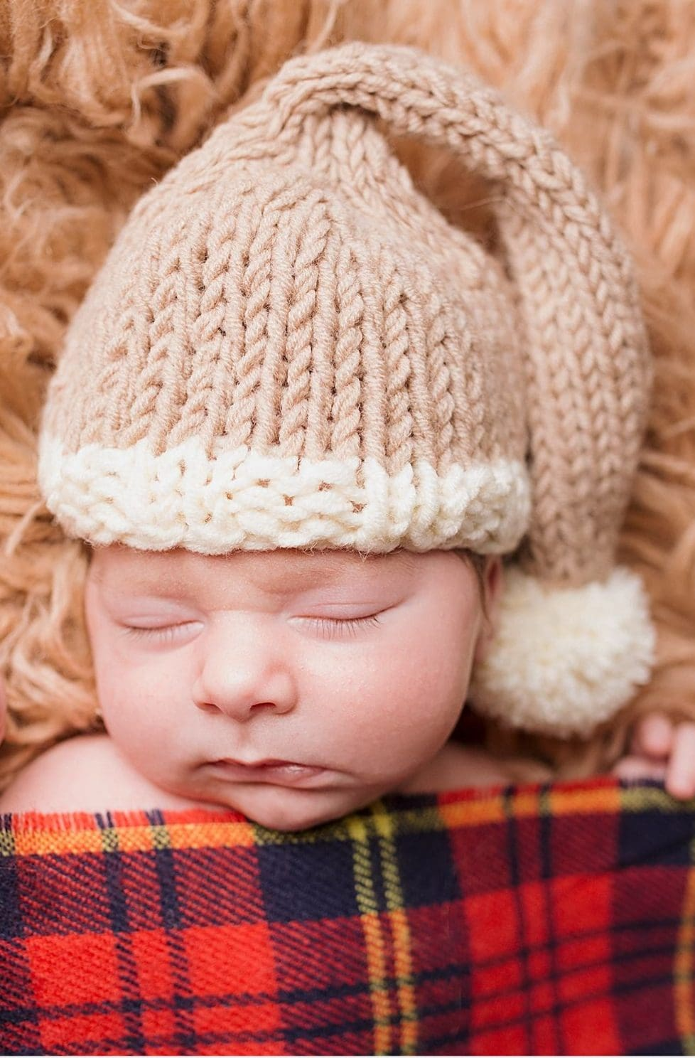 Newborn Hat Pattern For The Holidays