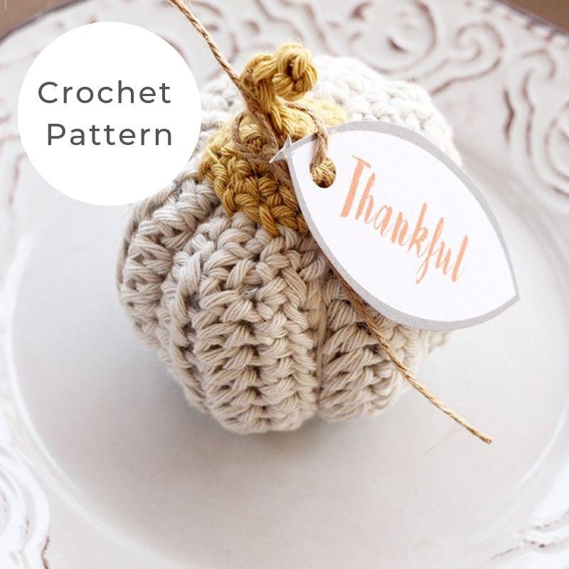 Mini crochet pumpkin pattern