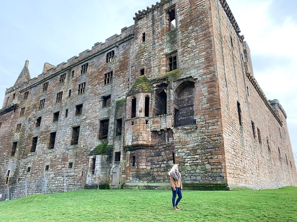 Linlithgow Palace Outlander tour in Scotland review
