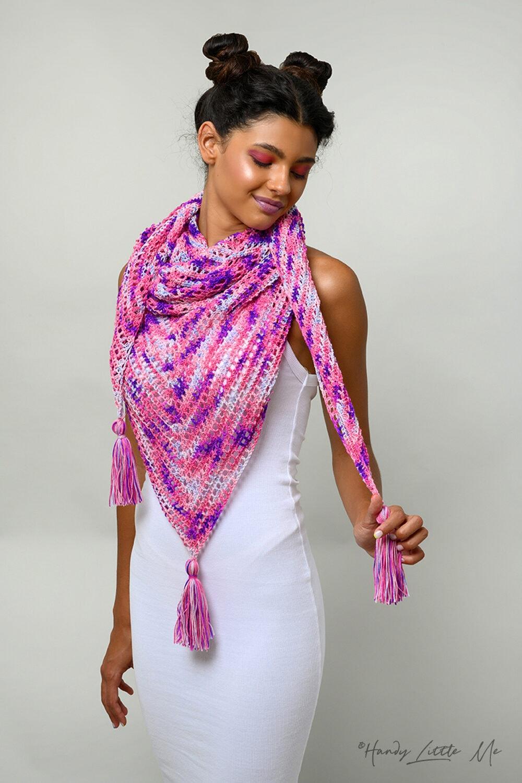 Love crochet shawl feat image