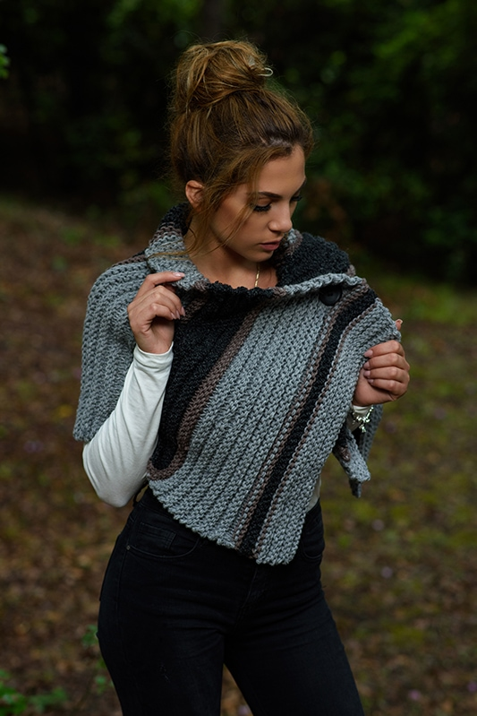 Outlander Brianna knitted crossover cape