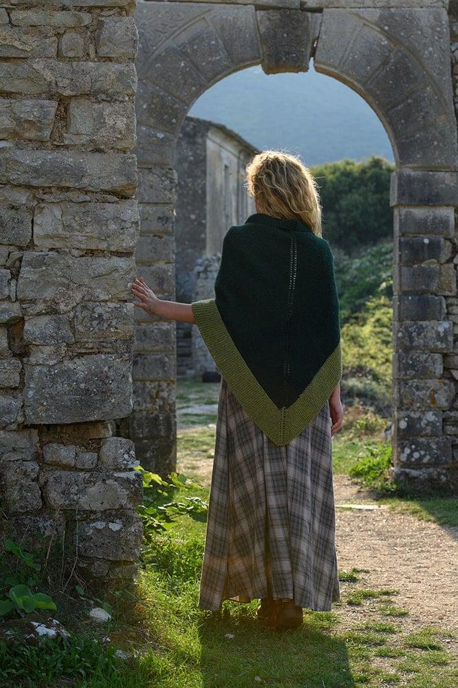 Outlander green rent shawl season 5