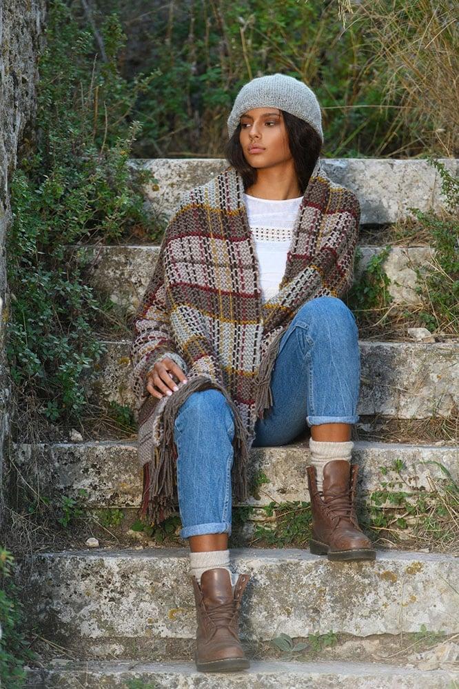 Plaid-blanket-shawl