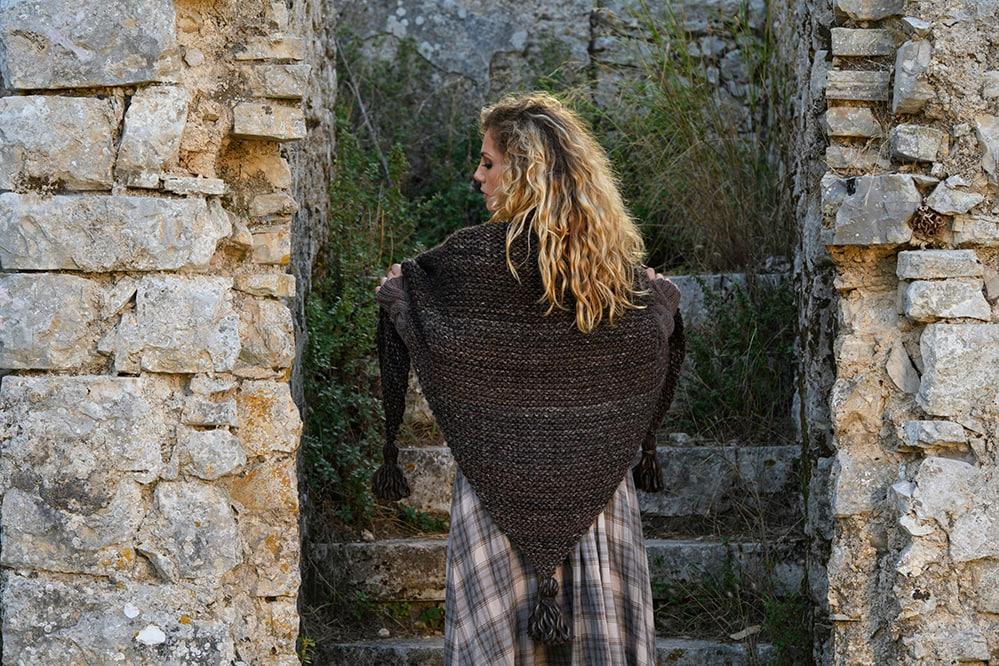 Outlander-tassel-shawl