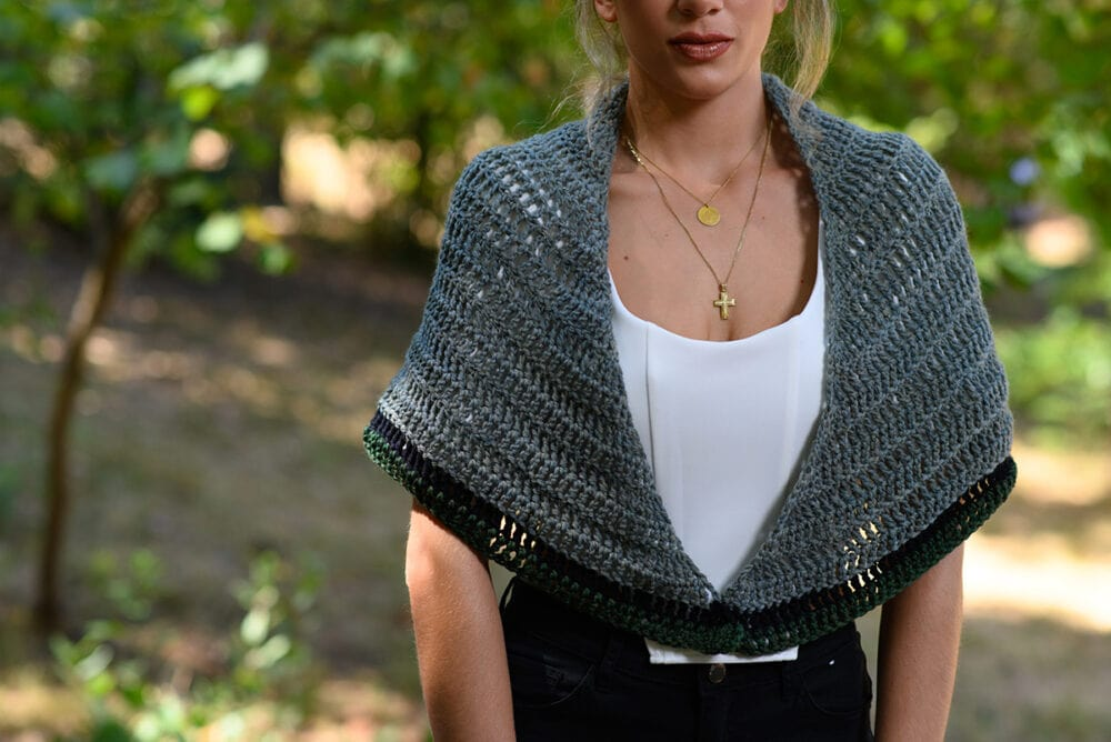 Rent shawl Outlander crochet