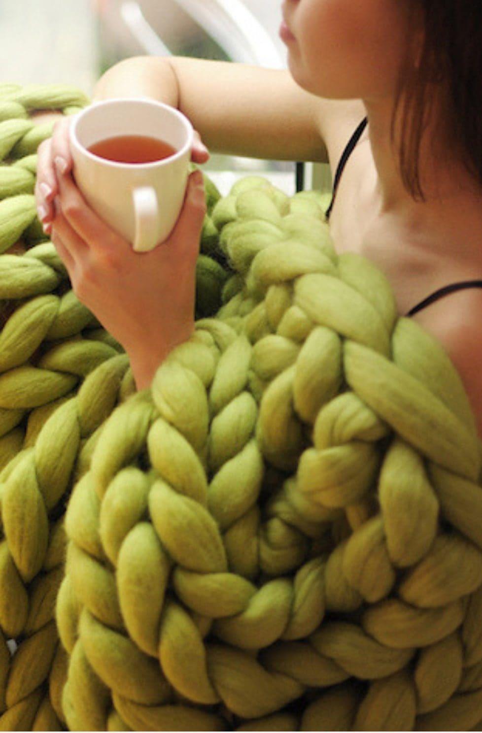 Super chunky knit blanket