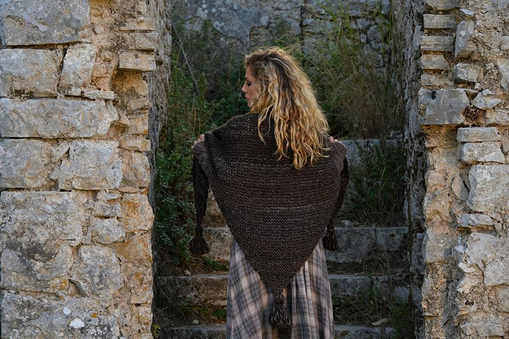 Tassel shawl back view