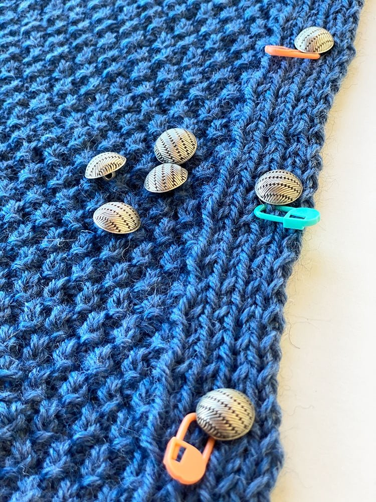 buttonhole rows and buttons