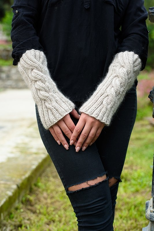 cable knit arm warmers