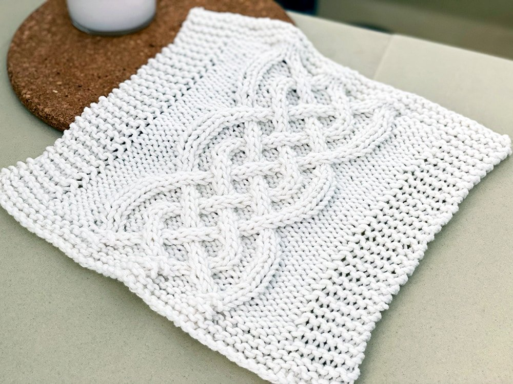 celtic cable dishcloth