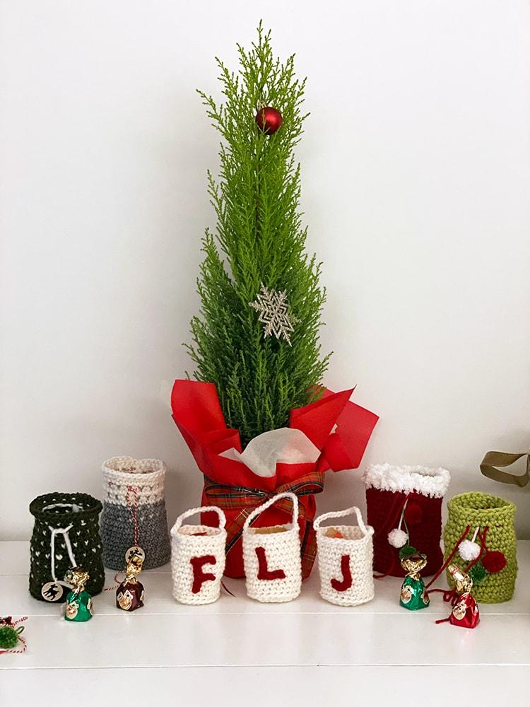 crochet bags and Christmas tree