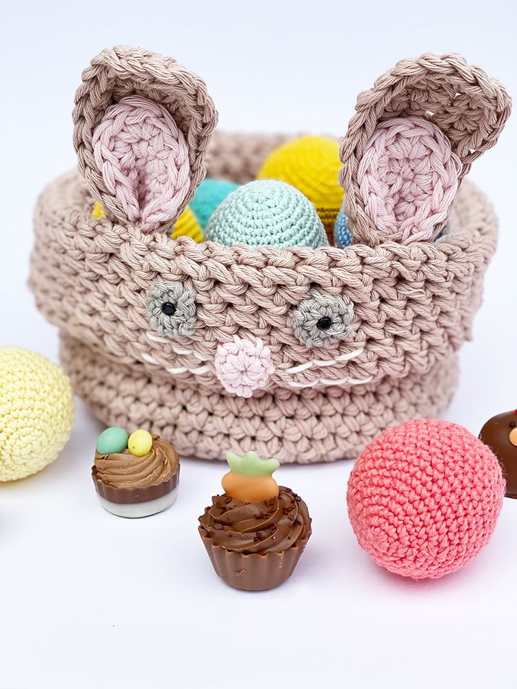 crochet easter basket bunny