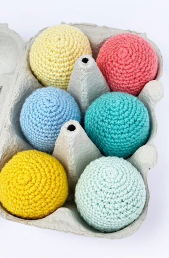 Crochet Easter Eggs {Free Pattern Download}