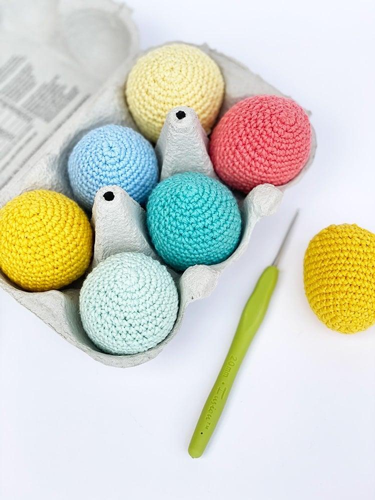 crochet eggs and hook