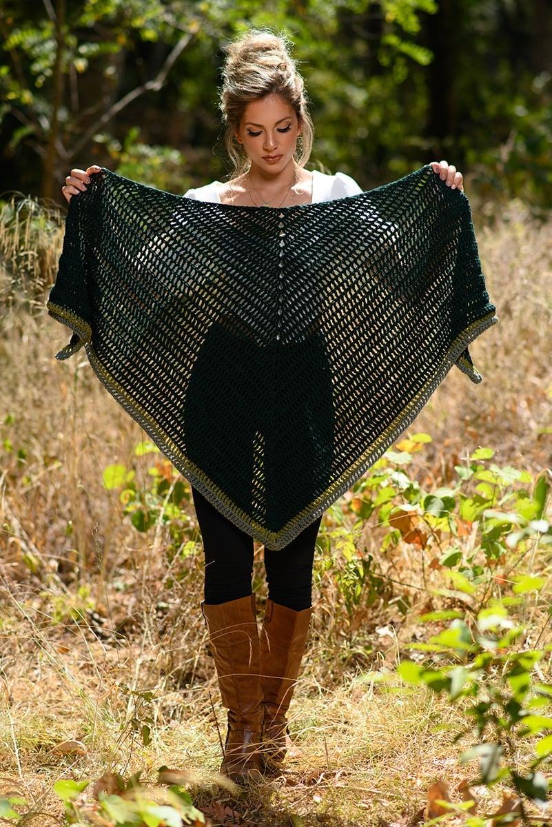 crochet triangle shawl with stripes