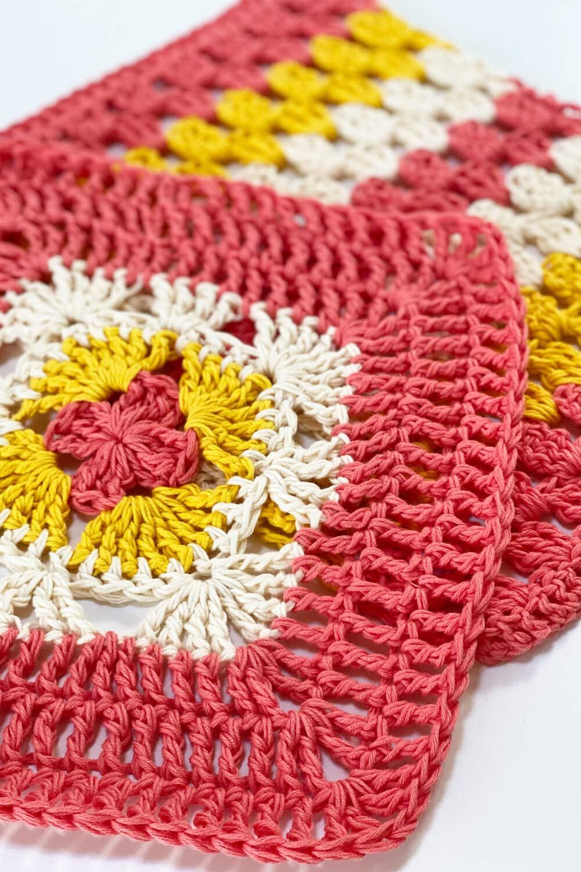 crochet washcloth feat image