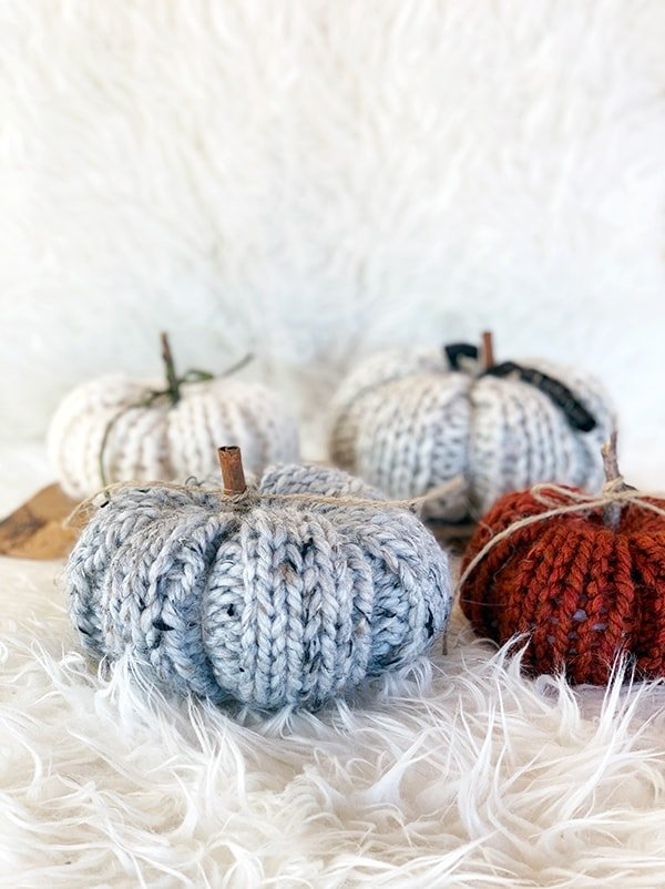 easy knit pumpkin