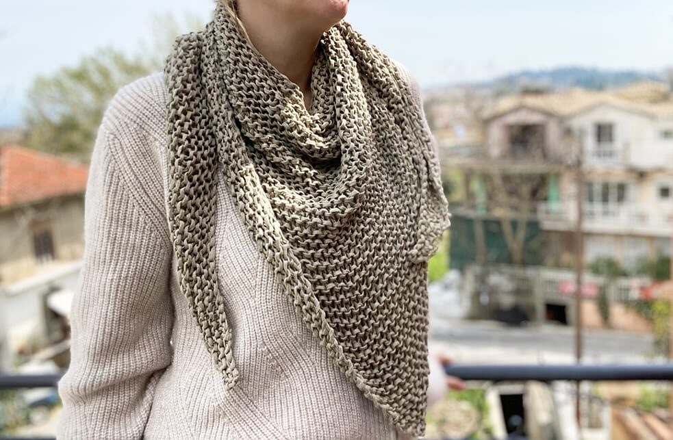 easy triangle scarf
