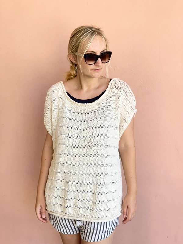 front view of the dropped stitch knit top