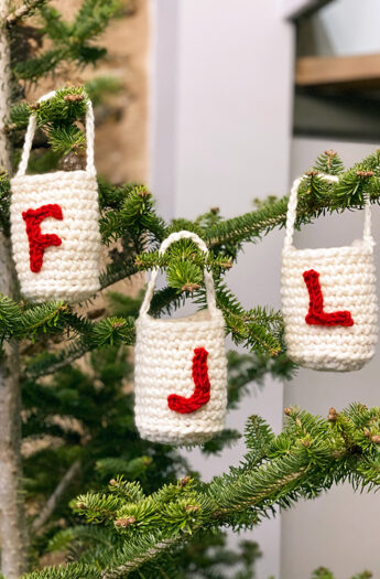 Crochet Christmas Goodie Bags   Free Pattern