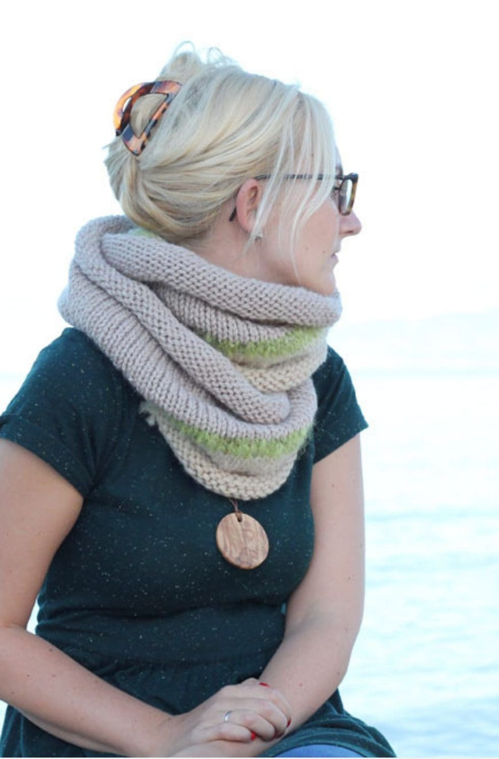 Easy Infinity Scarf | The Philomena
