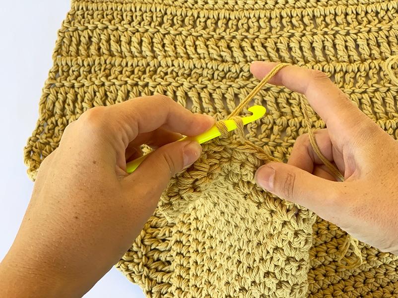 holding the crochet hook like a knife left handed