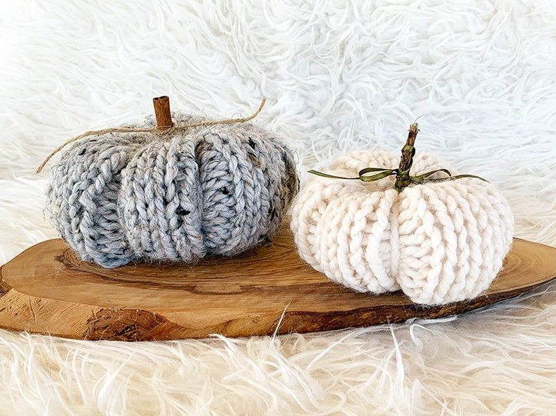pumpkins knit in grey marble and fisherman yarn