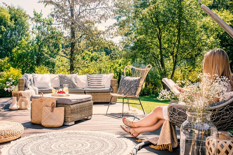 outdoor deck furniture in rattan and wicker