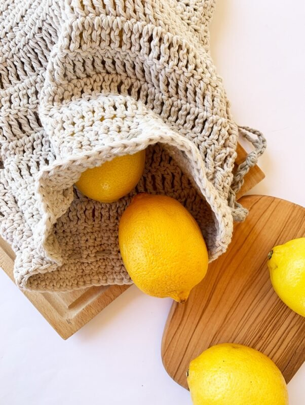 cotton drawstring bag with lemons