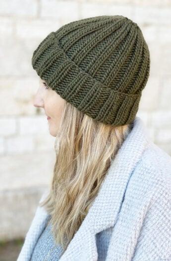 Ribbed Beanie Knitting Pattern {Unisex Mariner's Hat}