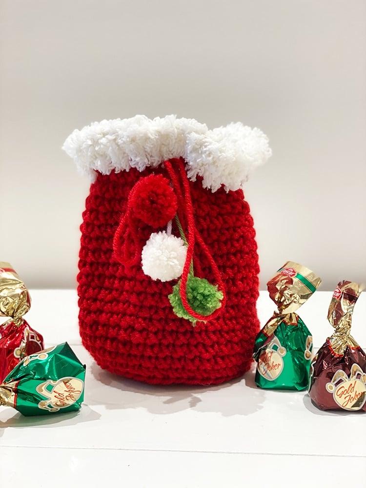 Santa sack crochet gift bag
