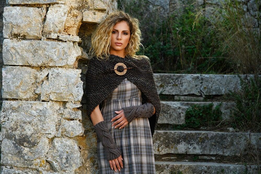 sassenach-tassel-shawl-outlander