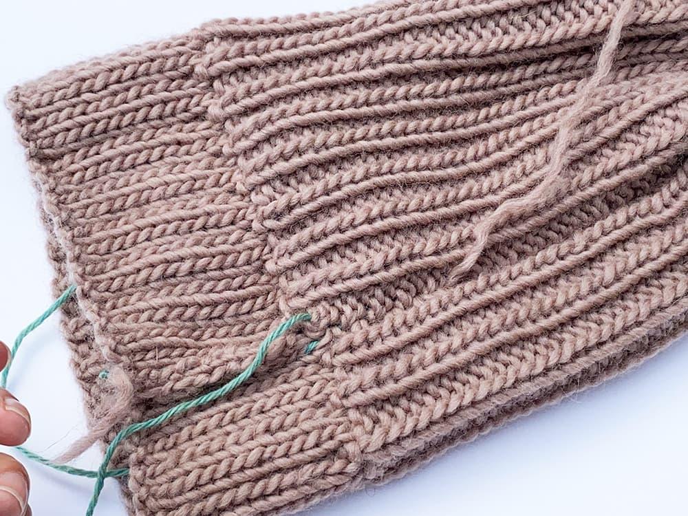 seaming knitting