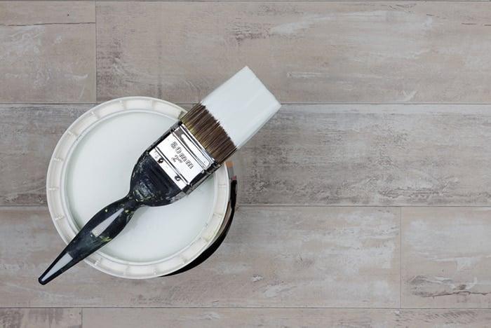 eco-friendly paint ona wooden floor
