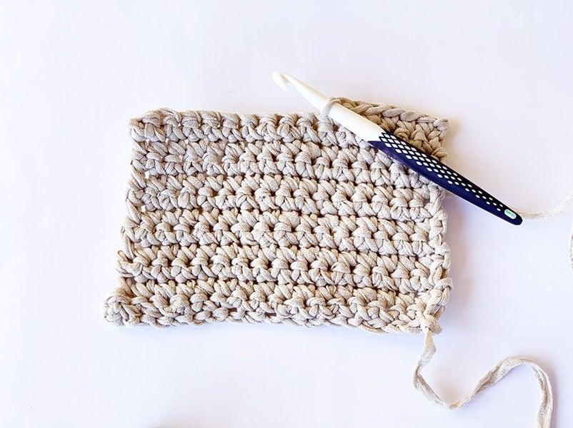 single crochet example and crochet hook