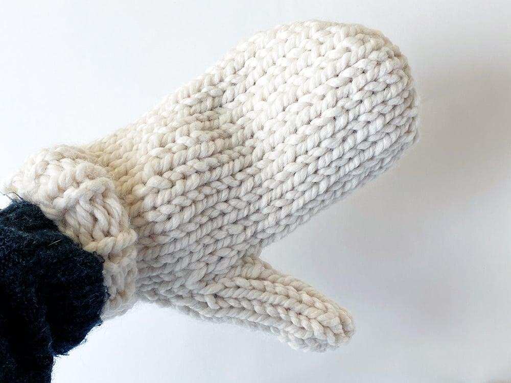 chunky knit mitten