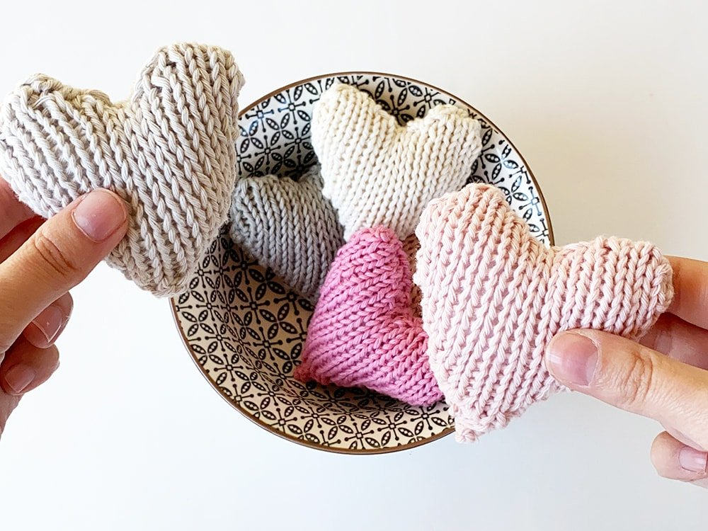 knitted heart appeal in cotton yarns